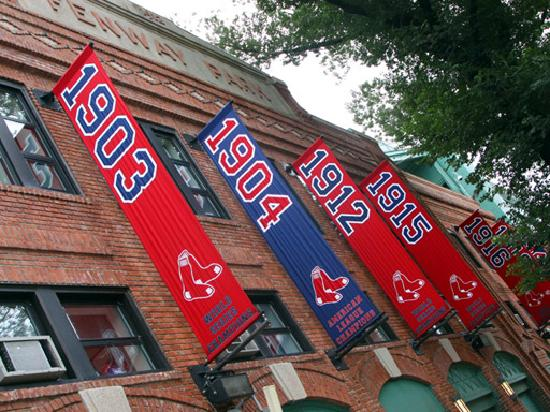 Boston Private Tours - Day Tours: 100 year old Fenway Park