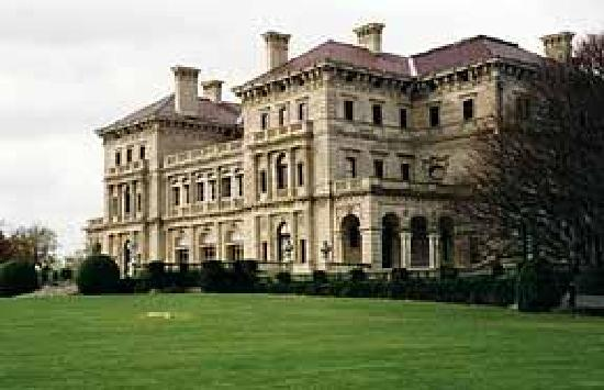 Boston Private Tours - Day Tours: Newport,RI...mansions of the gilded era
