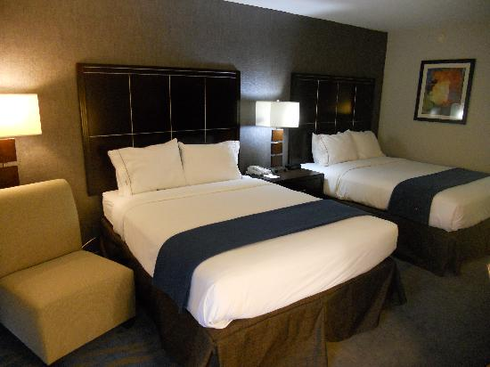 Holiday Inn Express San Diego N - Rancho Bernardo: Two Queen Bedroom