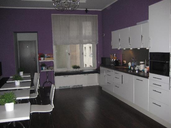Angel House 2 Bed & Breakfast: kitchen