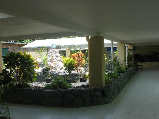 Lakakot Bay Resort: More Walkways.
