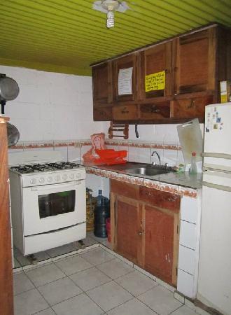 Chale's House: La Cocina
