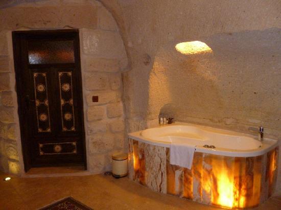Euphrates Tours : Bath in Gamirasu Hotel