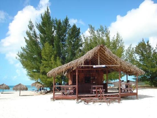 Playa Paraiso: Barcito entrada a Playa Paraíso