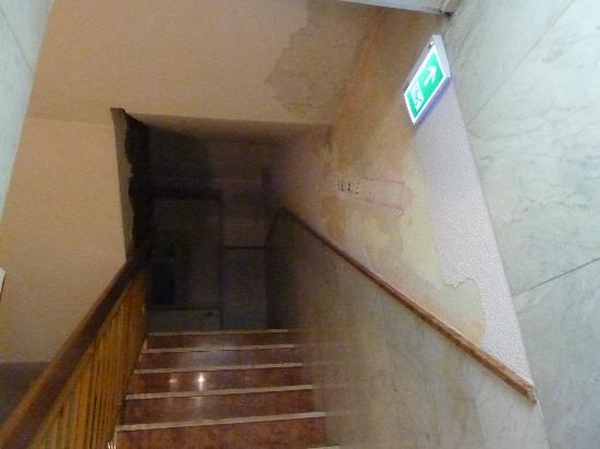 Hotel Montree: Stiegenhaus