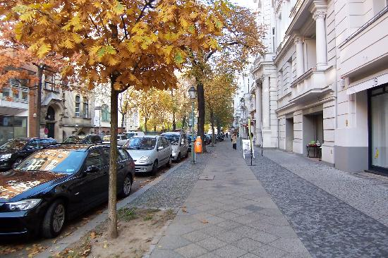 "Pension Funk: The street where ""it lives"", quiet street and one block from Kurfürstendamm"