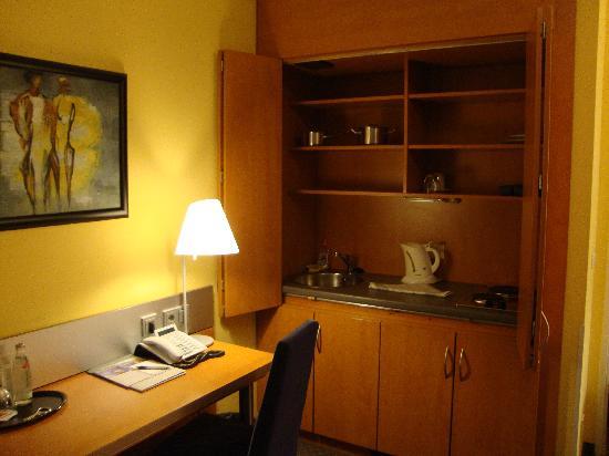 GHOTEL hotel & living Munchen-City: kitchenette