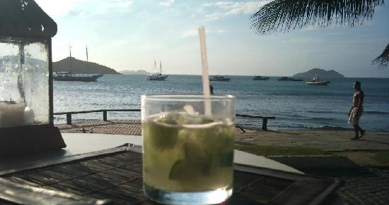 Porto Bay Buzios: Drinks by the ocean