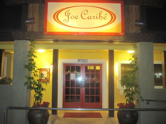 Joe Caribe Bistro and Cafe: Front entrance