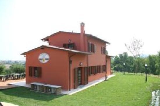 Casa vacanze colline toscane foto di casa vacanze for Piccoli progetti di case toscane