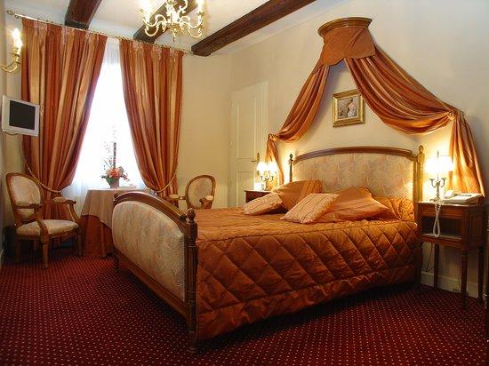 Hostellerie le Marechal : Chambre Mozart