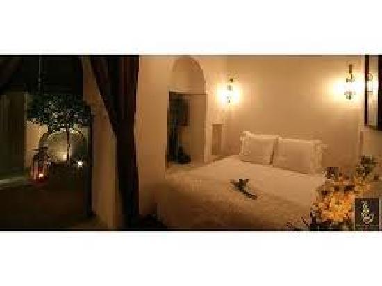 Riad Dar Thania : cuarto.