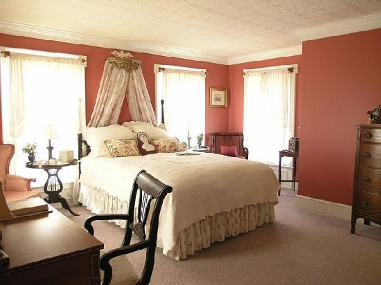 Alexander House Booklovers Bed and Breakfast: The romantic Jane Austen room