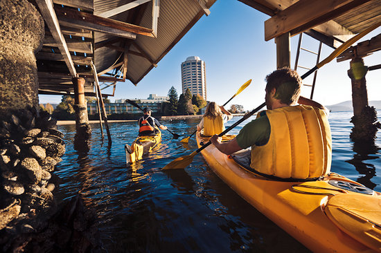 Hobart Urban Adventures Kayak Tour: Unearthing Hobart from a different perspective!
