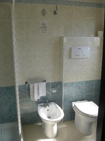 Hotel Citti: Lavabo .