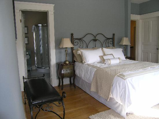 Millhollow Bed & Breakfast: Harmony room