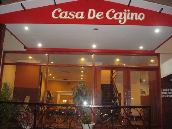 Casa de Cajino: Front view