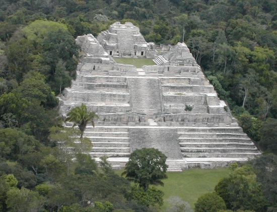 Сан - Игнасио, Белиз: Caracol Mayan Ruin