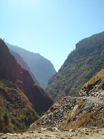 Buddha Treks Group - Private Day Tours: Annapurna circuits