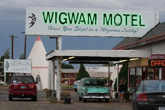 Wigwam Motel: Check-in is at this cute little office...then off to your wigwam!  There are a few old cars sitt
