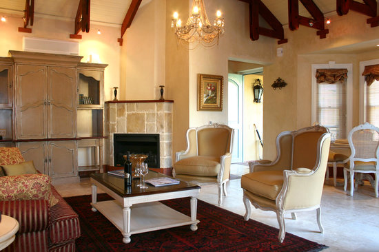 Franschhoek Country House & Villas: Villa Suite Lounge