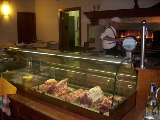 Casale dell'Asco Ristorante : banco carne