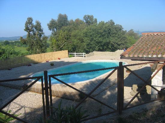 Tenuta dell'Acqua d'Oro: la nostra piscina