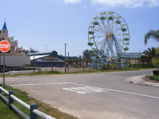 ATKV Hartenbos Beach Resort: the funfair we could see from the cottage