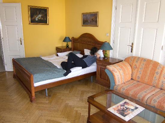 Hotel Metamorphis: Room view