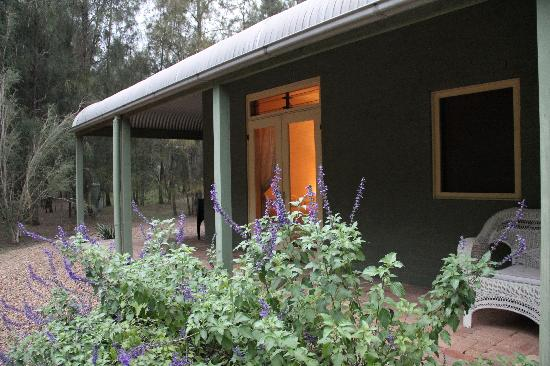 Billabong Moon: Casuarina Cottage - Bedroom 2 from outside