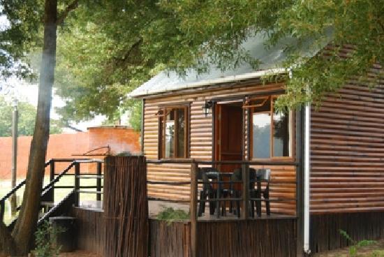Harkerville Forest Lodge: Log Cabin
