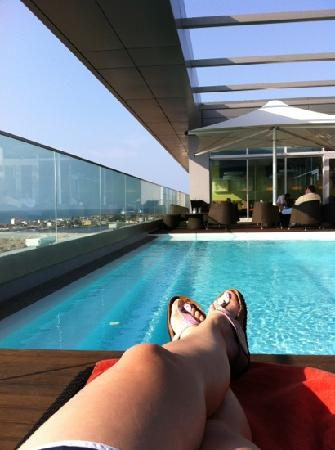 Hotel Baia Luanda: Roop top pool and bar