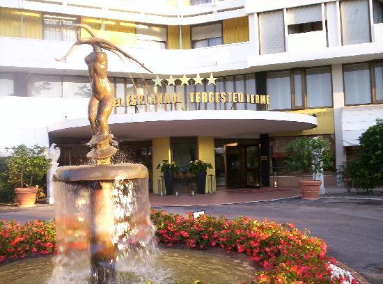 Esplanade Tergesteo : Ingresso dell'hotel