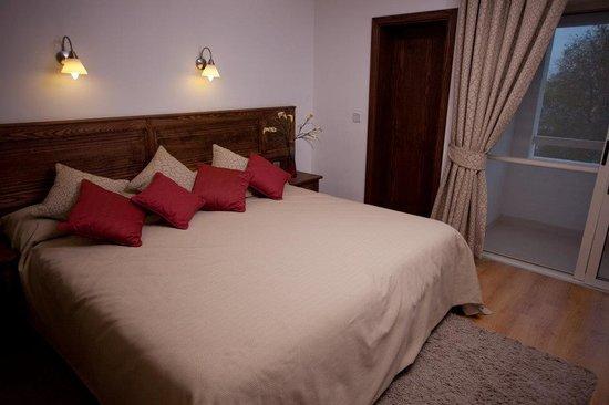 Club Salina Wharf: Deluxe Apartment Bedroom