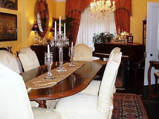 Glanarvon House: dine in style