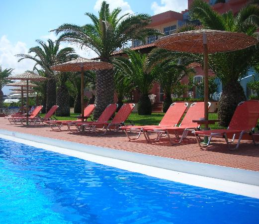 Transat De La Piscine Picture Of Europa Resort Hotel