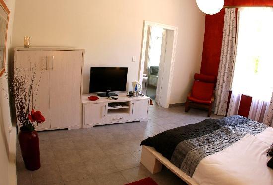Cape Valley Manor: Room 1