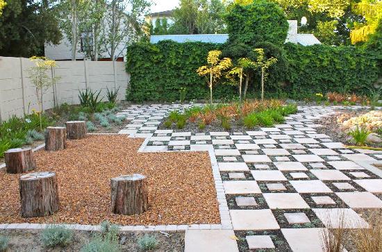 Cape Valley Manor: Garden