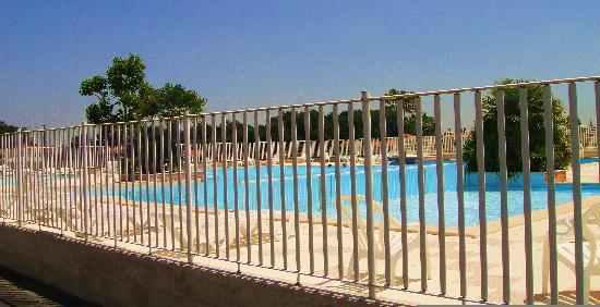 Camping Logis du Breuil : Pool Area