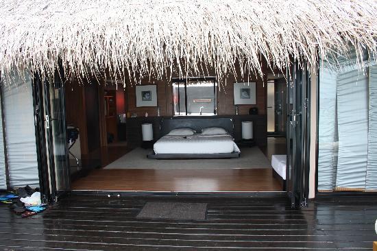 Adaaran Prestige Vadoo : chambre vue de la terrasse