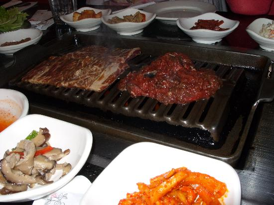Hotel Stanford: BBQ at Korean restaurant two doors from hotel