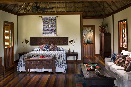 Blancaneaux Lodge: stylish interiors