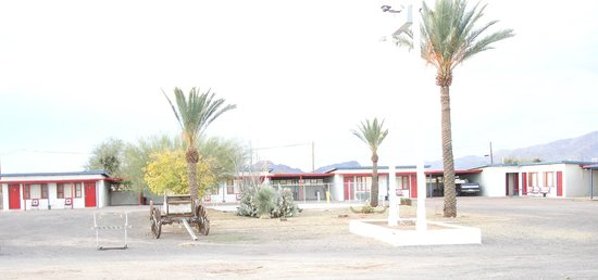 Burro Jim Motel: From the parking area
