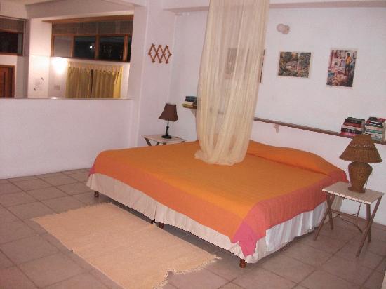 The Nest Tobago Apartments : Schlafzimmer