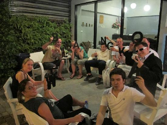 WE Bangkok Hostel: hanging out in the front