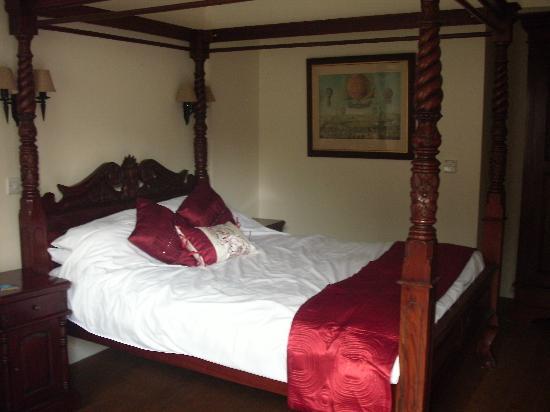The White Hart Inn : room 1