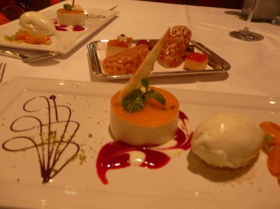 Zirbelstube & Falkenstube : Das praechtige Dessert