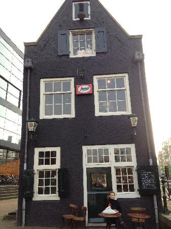 Cafe De Sluyswacht : Bar