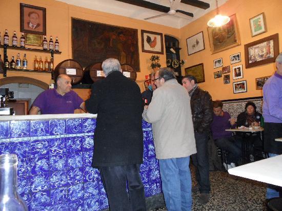 Bar La Plata: At the bar