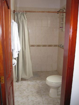 Casa Los Delfines: Shower Area